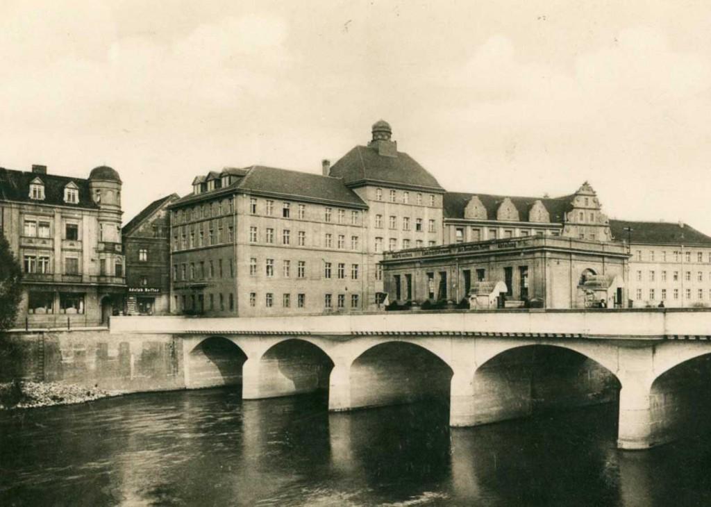 Ausschnitt Ansichtskarte Stadthaus Neissebruecke Guben 1927