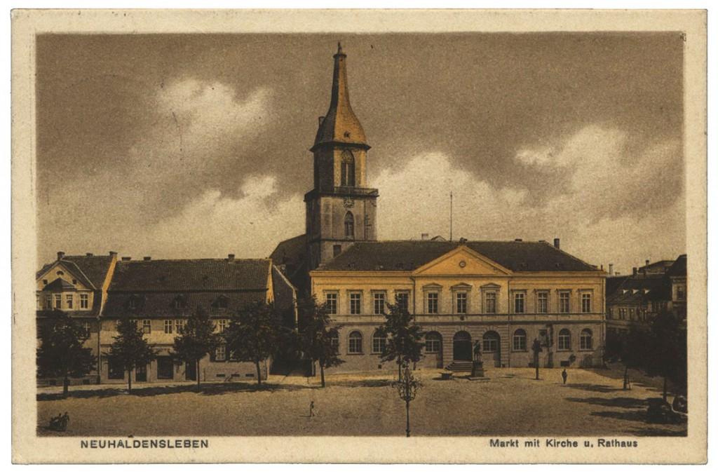 Ansichtskarte Rathaus Neuhaldensleben