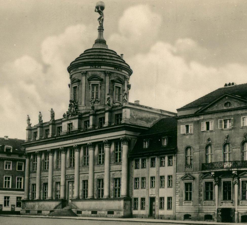 Rathaus Potsdam Stadtsparkasse